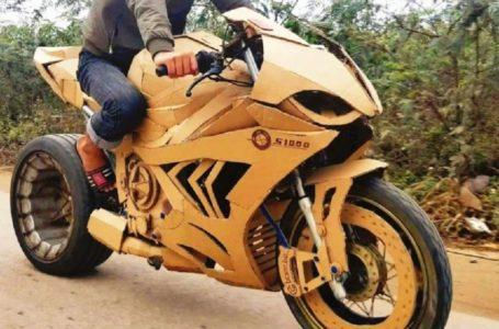 Memang Gempak! Remaja Vietnam Hasilkan Motosikal dan Kereta Daripada Kadbod
